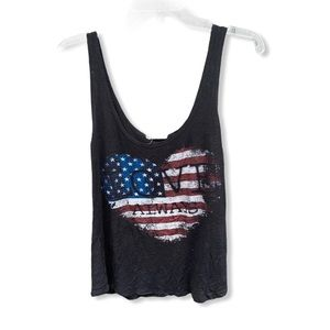 "Tres Bien ""Love Always"" Tank Top"